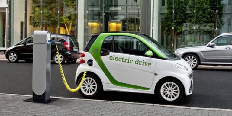 Start für Daimlers neuen E-Smart