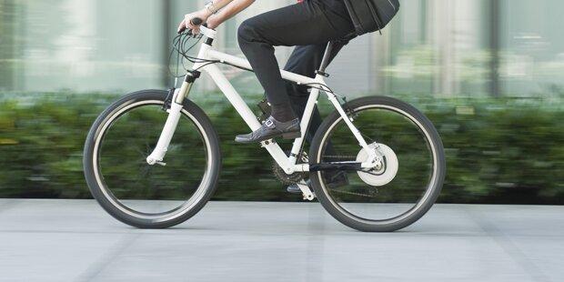 Fußgänger von E-Biker geramm – schwer verletzt