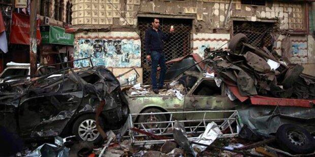 Mindestens 14 Tote durch Autobombe
