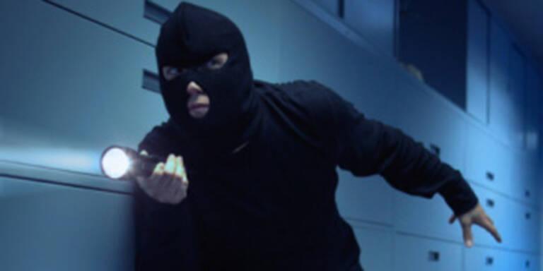 Einbrecher schlief in Bank ein