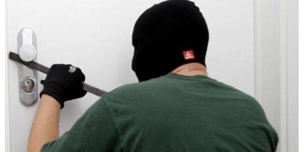 Einbrecher schlugen in Dämmerungszeit zweimal zu