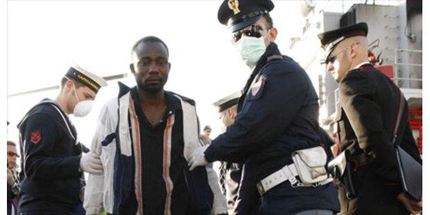 Flüchtlingslager Lampedusa wird gesperrt