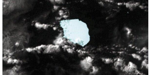 Riesen-Eisberg zerbricht in 1.000 Teile