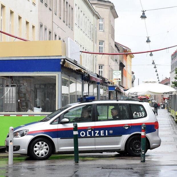 Eisenstange mord irrer auftritt vor gericht for Alfred boran anwalt