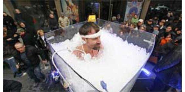 Holländer stand 72 Minuten in Container voll Eis