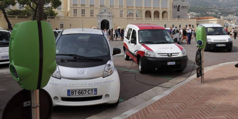 800 Elektroautos in Österreich unterwegs