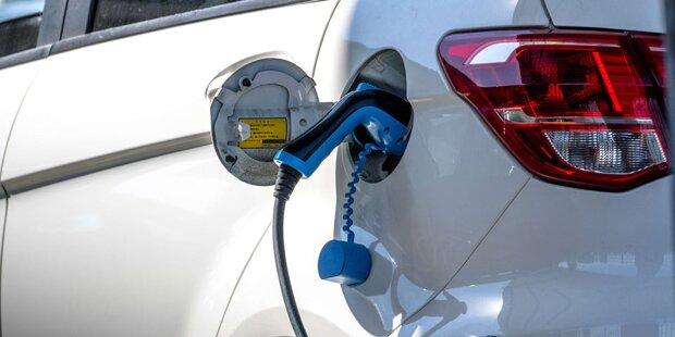 Österreicher wollen (noch) keine E-Autos kaufen