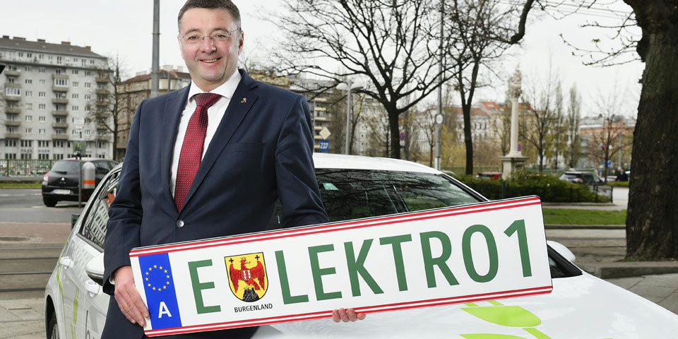 elektroauto-nummerntafel-gr.jpg