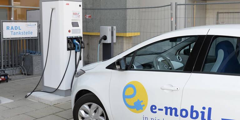 Österreichweites Ladenetz für E-Autos