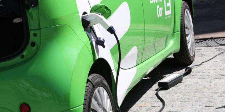 Verbraucher bei E-Autos weiter skeptisch