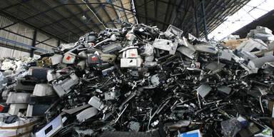 Millionen Tonnen Computerschrott