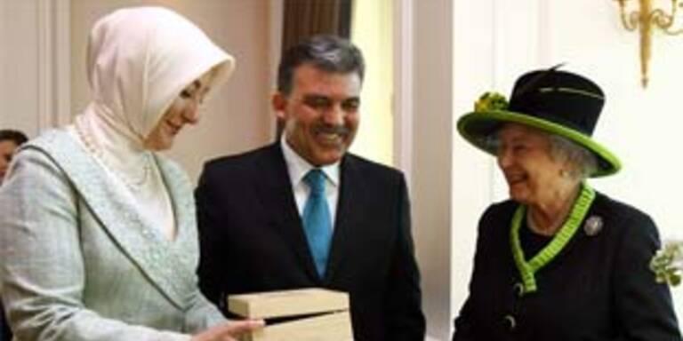 Die Queen mit Präsident Abdullah Gül und seiner Frau