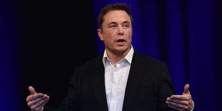 Tesla feuert Tausende Mitarbeiter