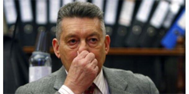 Haftstrafen für Elsner, Gerharter und Nakowitz