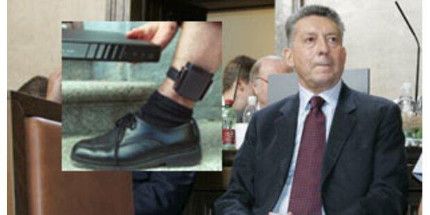 Elsner will mit Fußfessel aus U-Haft entkommen