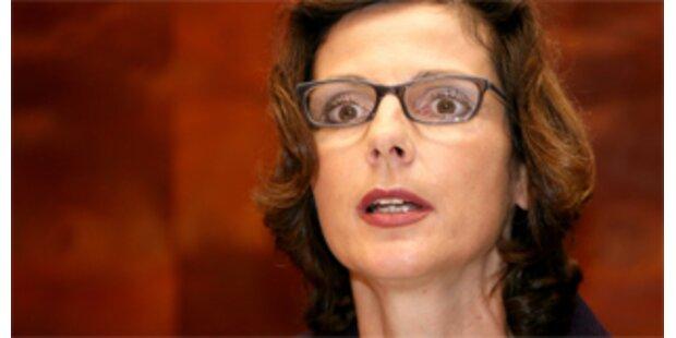 Ruth Elsner fordert Freilassung von Helmut Elsner
