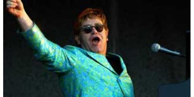 Elton John spielt bei der EURO 08