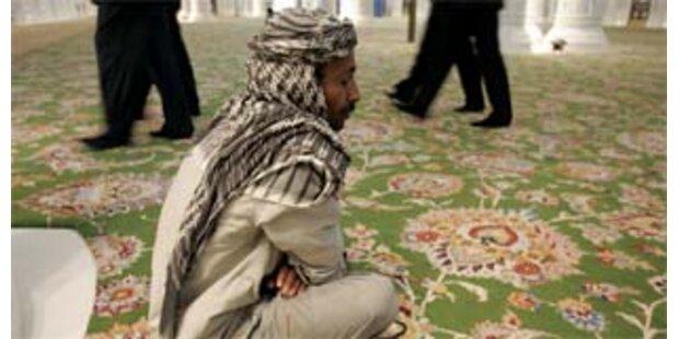 1.000 Arbeiter in den Emiraten festgenommen