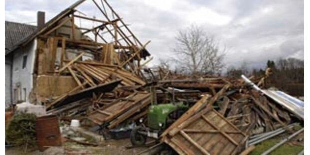 Monstersturm fordert vier Menschenleben