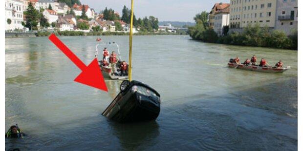 Frau stürzte mit Mopedauto in Ennsfluss