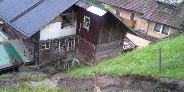 Erdrutsch: Wohnhaus evakuiert