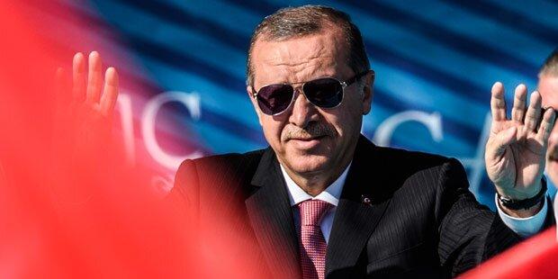 Mehr als 1.200 weitere Polizisten in der Türkei suspendiert