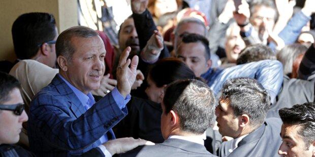 Erdogans AKP erklärt sich zum Wahlsieger