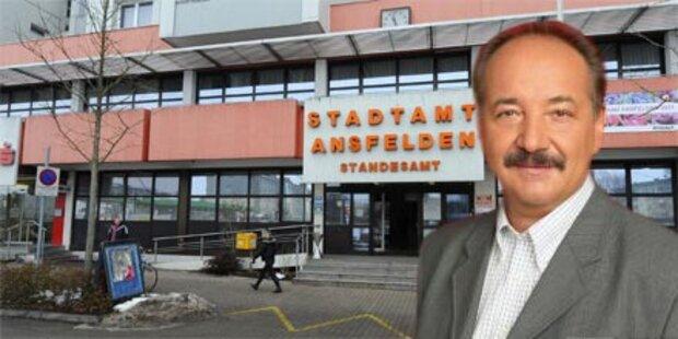 Bürgermeister hinterließ 2 Abschiedsbriefe