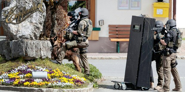 Geiselnahme in Tiroler Bank war geplant