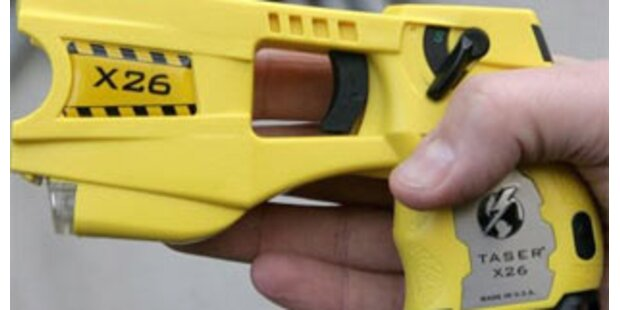 Frankreichs Polizei erhält Elektroschockpistole
