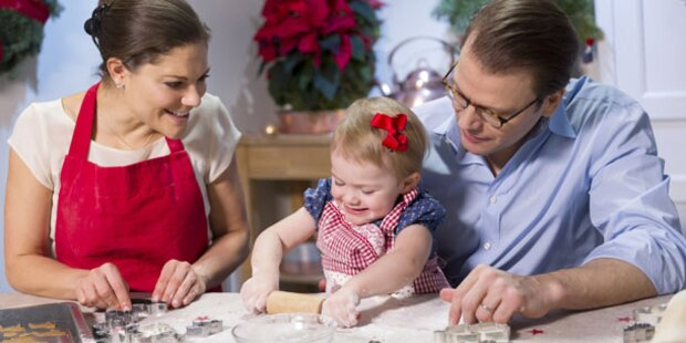 Prinzessin Estelle beim eifrigen Kekse-Backen