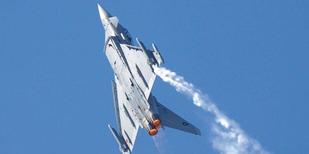 Eurofighter donnern über Österreich