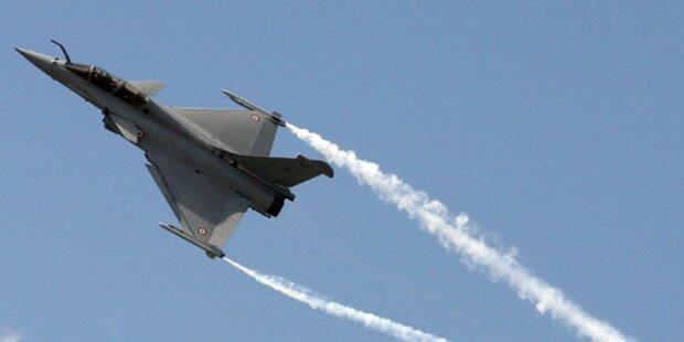Eurofighter üben Überschallflüge