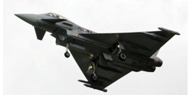 ÖVP stochert in Eurofighter-Spar-Deal herum