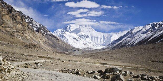 Nepal baut Straße auf den Mount Everest