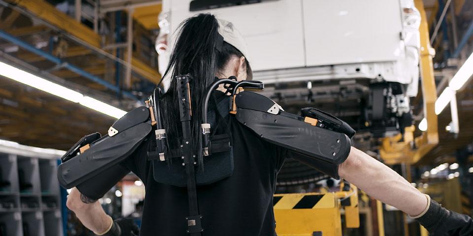 exoskelett-nissan-960-o1.jpg