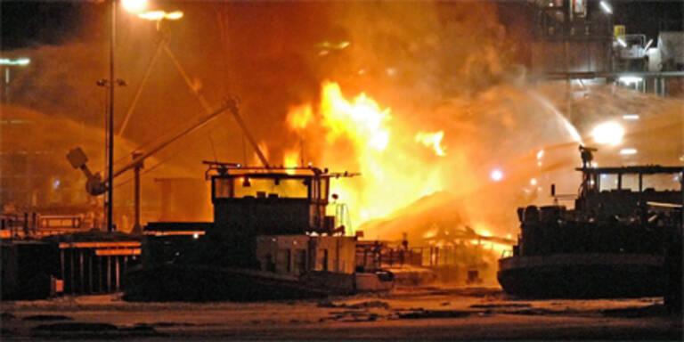 Tankschiff in deutschem Hafen explodiert