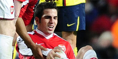 Fabregas rettet Arsenal trotz Beinbruchs