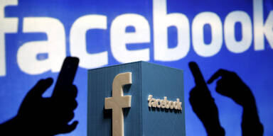 Facebook: Harter Kurs gegen Hass-Postings