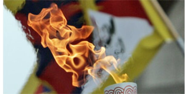 Lauf der Olympischen Flamme in Paris abgebrochen