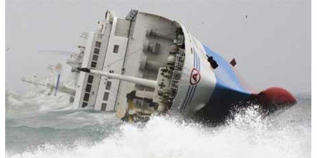Frachter vor Japan gekentert