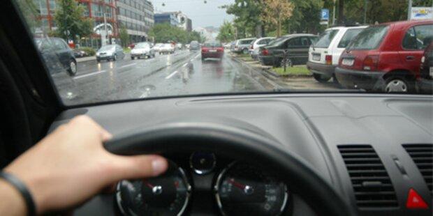 Teenager nach Unfall mit Fahrerflucht verletzt