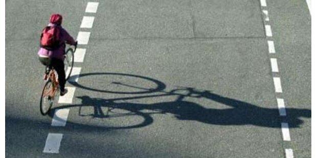 Radfahrer nach Unfall gestorben