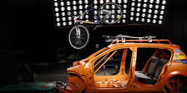 Autofahrerclub testet 14 Fahrradträger