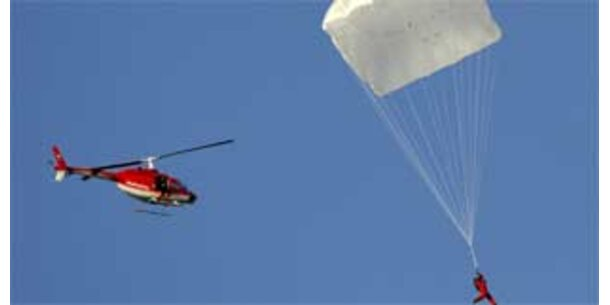 Schweizer testet da Vinci-Fallschirm