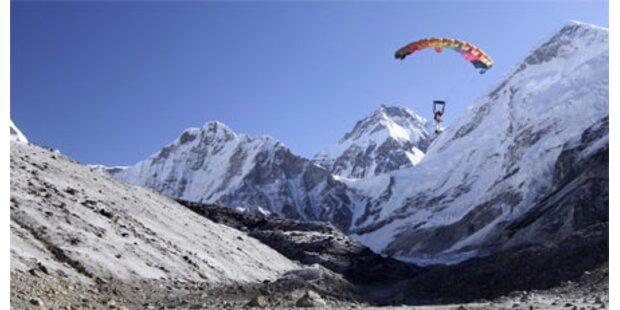 Fallschirmspringer mit neuem Höhenrekord