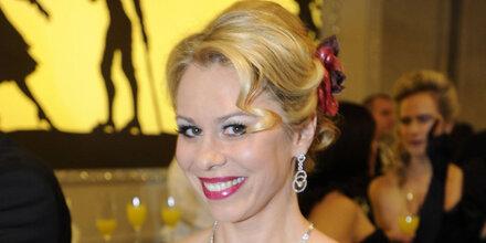 Opernball: Daniela Fally fällt aus