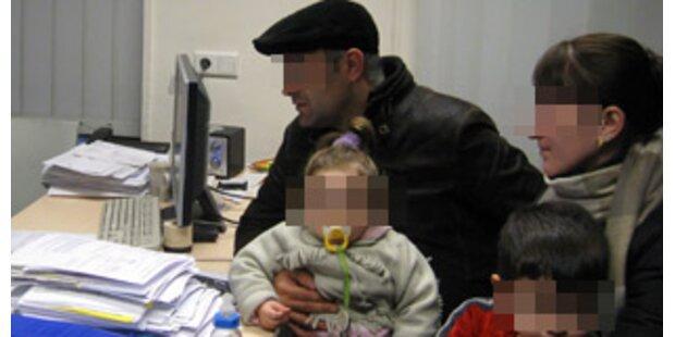 Traiskirchen: Familie trotz Kälte rausgeworfen