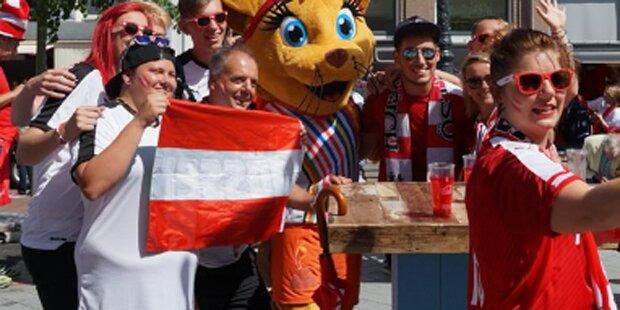 Dänische & österreichische Fans feiern gemeinsam