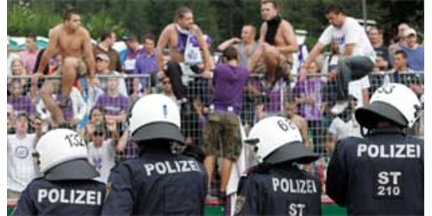 Enttäuschte Austria-Fans randalierten nach dem Spiel